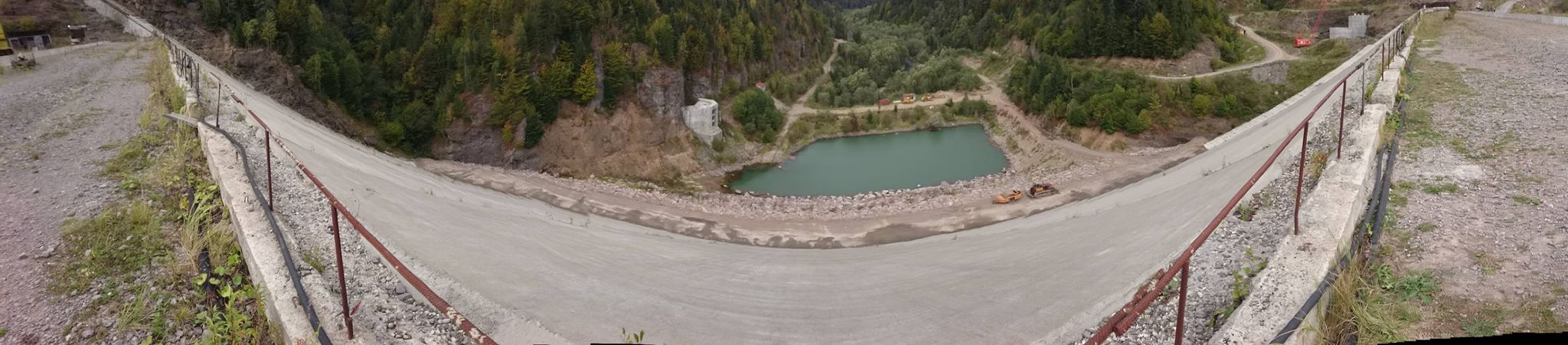 Barajul de la Răstolița - în construcție